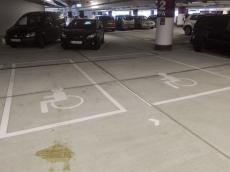 Loom Behinderten-Parkplätze